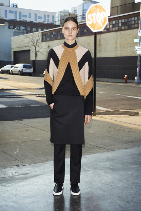 givenchy_014_1366.450x675