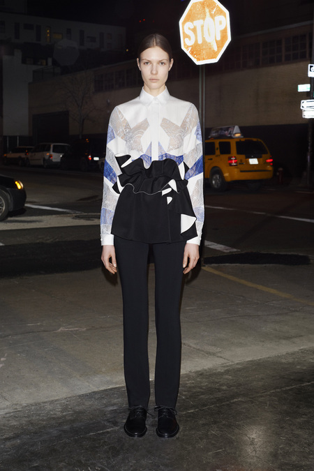 givenchy_032_1366.450x675