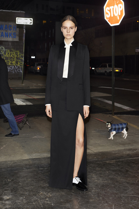 givenchy_036_1366.450x675